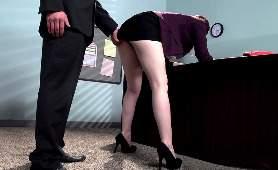 Darmowy sex z sekretarką - Ember Stone, Porno Hd